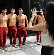 Abercrombie guy getting snapped 9 small